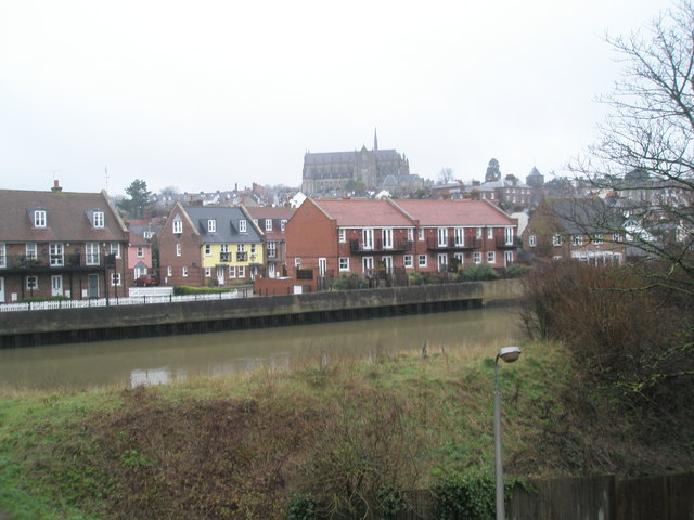 Looking from Fitzalan Road across the Arun towards the cathedral