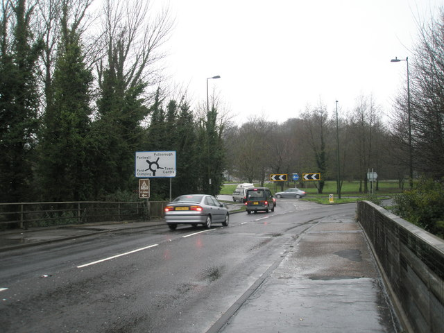 Approaching a roundabout from the bypass