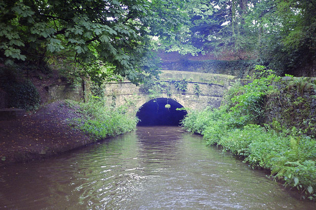 Hyde Bank Tunnel, north-west end