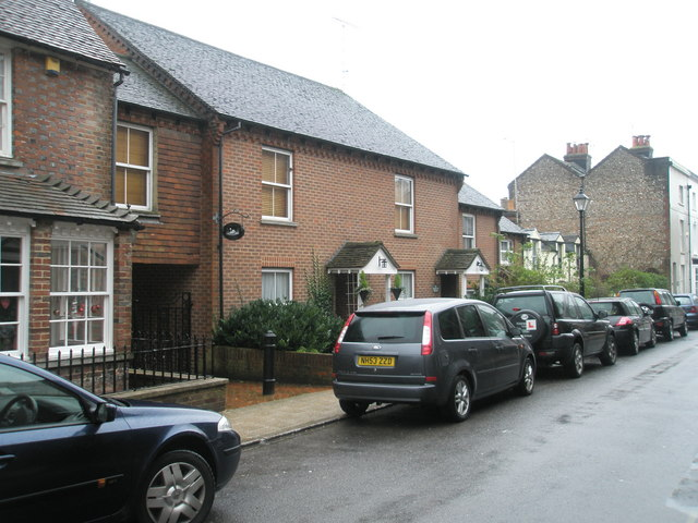 Cottages in Tarrant Street