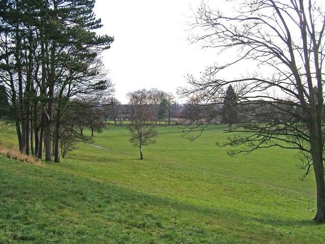 Stourport War Memorial Park -  looking towards Park Avenue