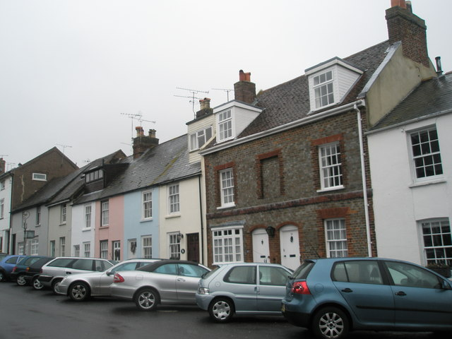 Pastel coloured houses in Arun Street