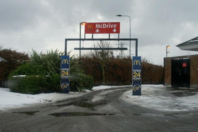 McDonald's drive-thru, Camperdown, Dundee
