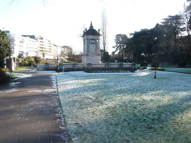 Bournemouth: a sharp frost in the Central Gardens