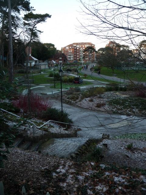 Boscombe Chine Gardens: a frosty, shady spot