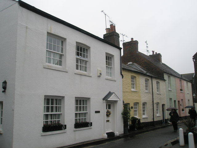 Houses in River Road