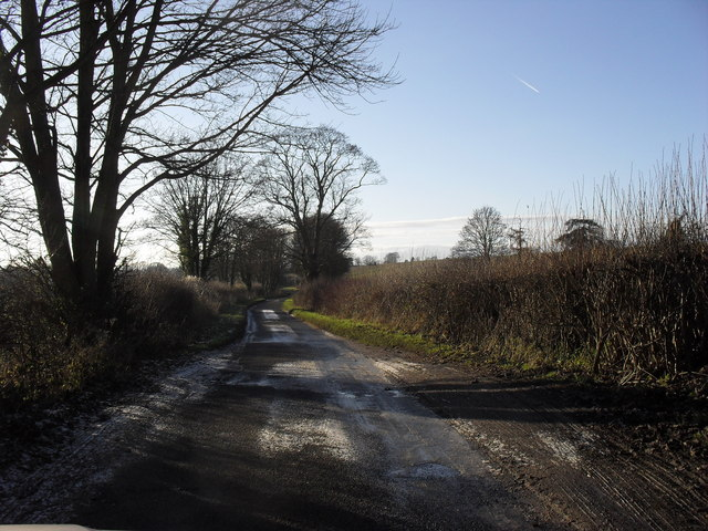 Road to Minster Lovell