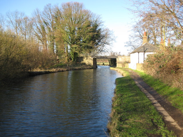 Grand Union Canal: Bridge Number 165: Grove Mill Lane Bridge