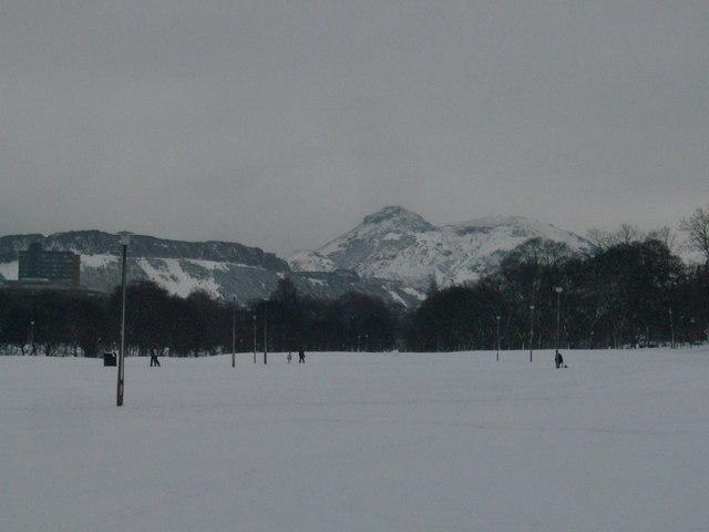 Bruntsfield Links under snow