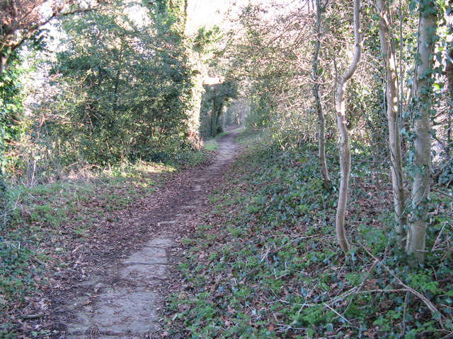Footpath that runs parallel to Tower Hill