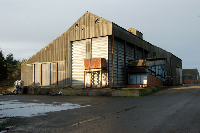 Grain store, Staverton (2)