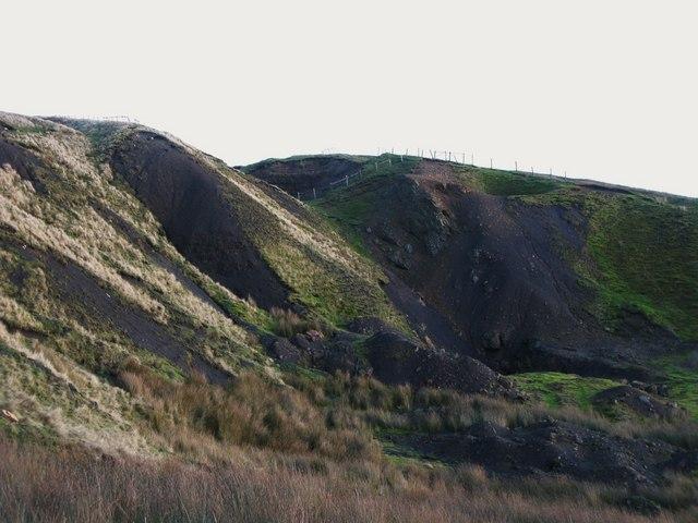 Old mine workings near Grove Rake (5)