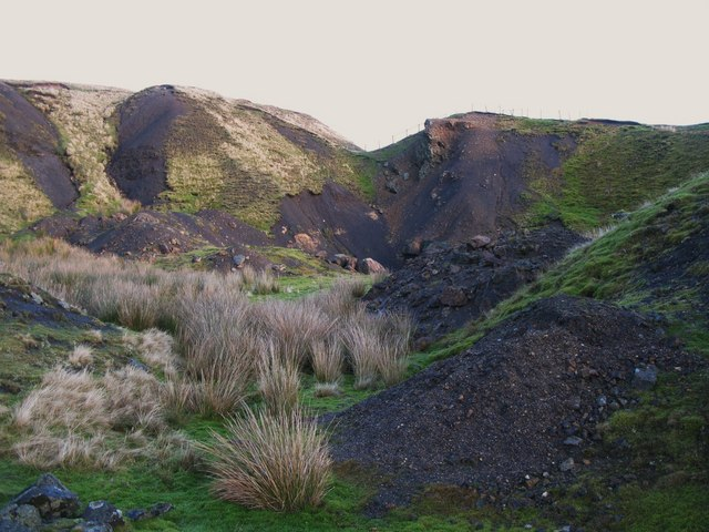 Old mine workings near Grove Rake (6)