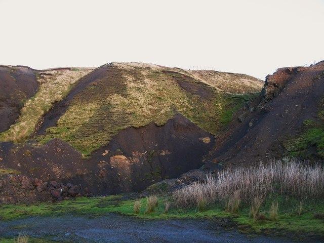 Old mine workings near Grove Rake (8)