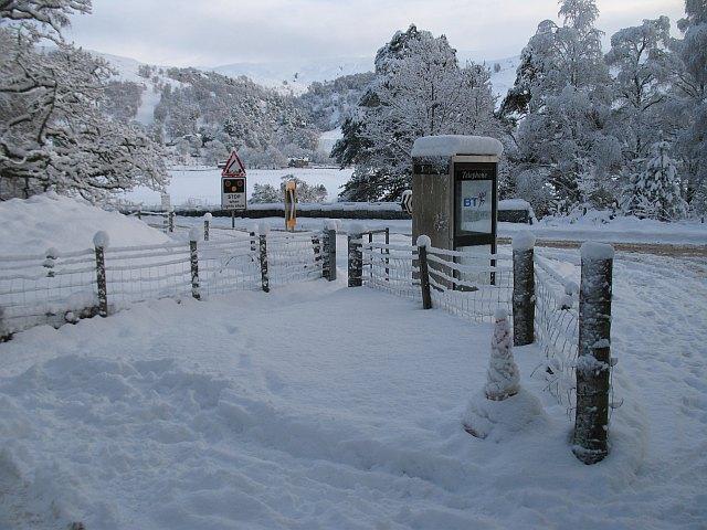 Telephone box, Bridge of Oich