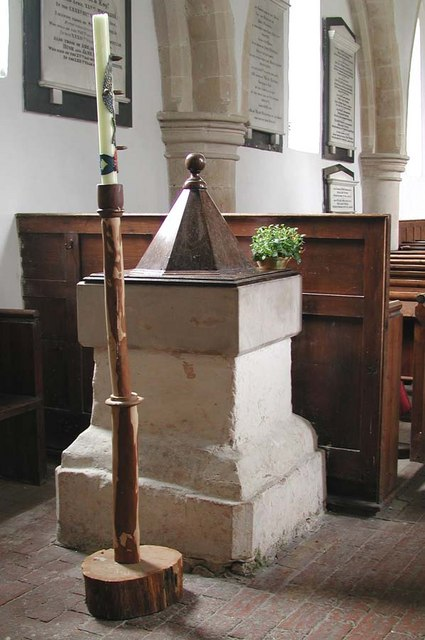 St Botolph, Botolphs, Sussex - Font
