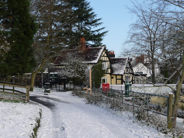 The Boathouse Pub in the snow