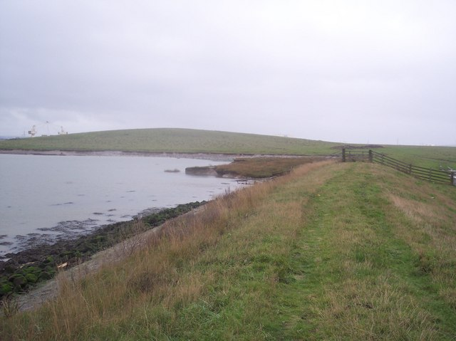 Sea Wall towards Elmley Hills