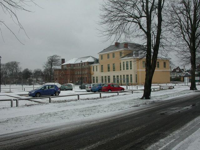 Boscombe, Shelley Manor