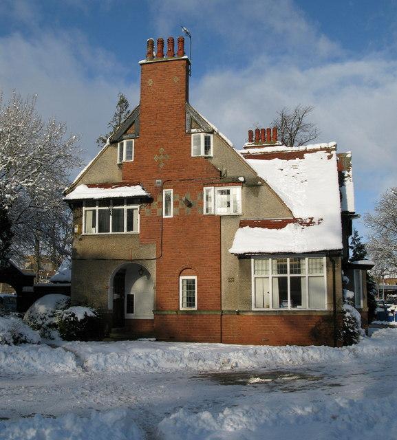 50 Lancaster Park Road, Harrogate