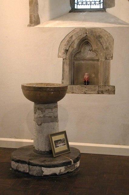St Peter, Preston, Sussex - Font
