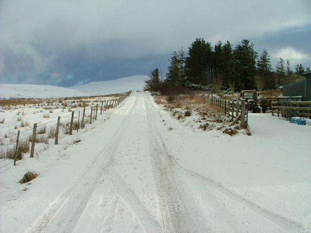 The Sheader and Balnaknock road