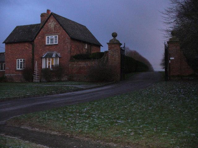 Evening Gloom, Hillesden