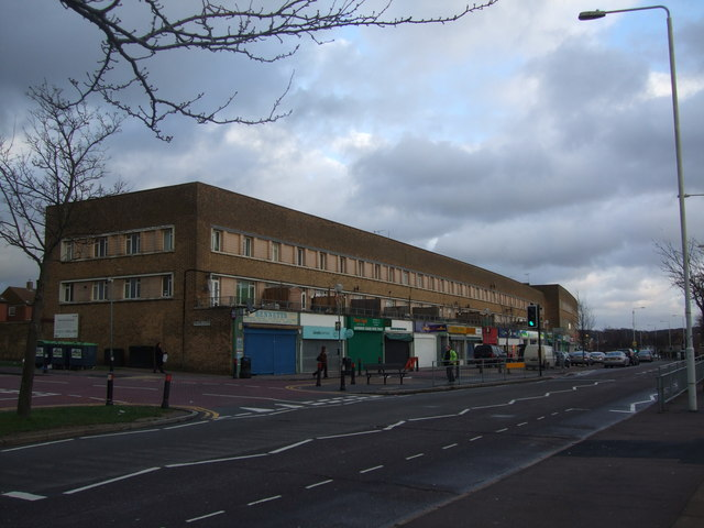 Shopping parade Hainault