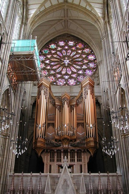 Lancing College Chapel, Sussex - Organ