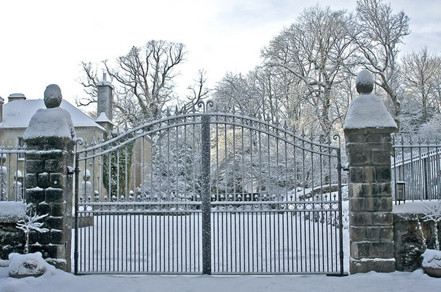 Gate entrance to Culter House