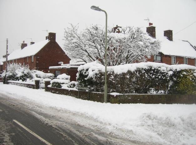 Pemerton Road & some snow