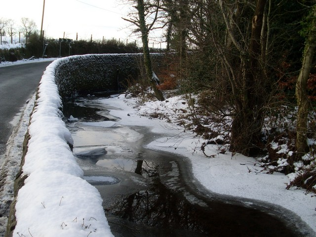 Mackies Mill Road follows the bend in Old Patrick Water