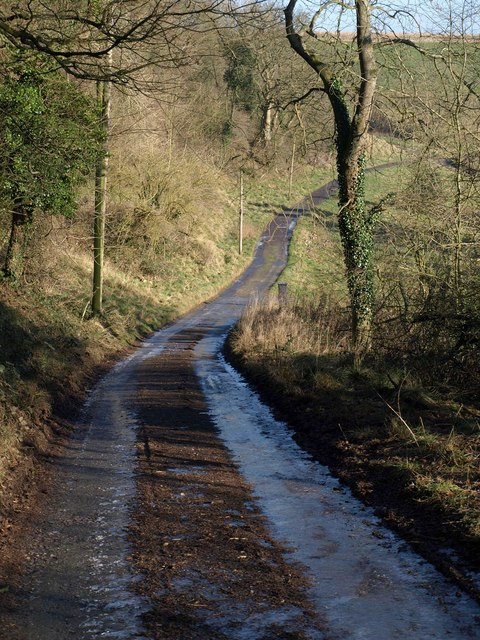 Lane past Fernley Farm