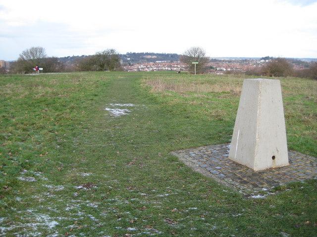 Horsenden Hill Triangulation Pillar (2)