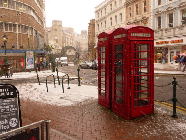 Bournemouth: phone boxes in Old Christchurch Road
