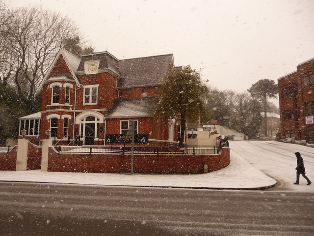 Bournemouth: Wiggle in the snow
