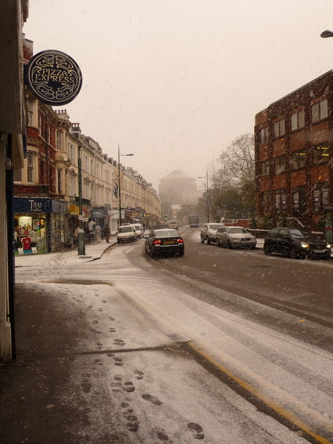 Bournemouth: snow in Old Christchurch Road