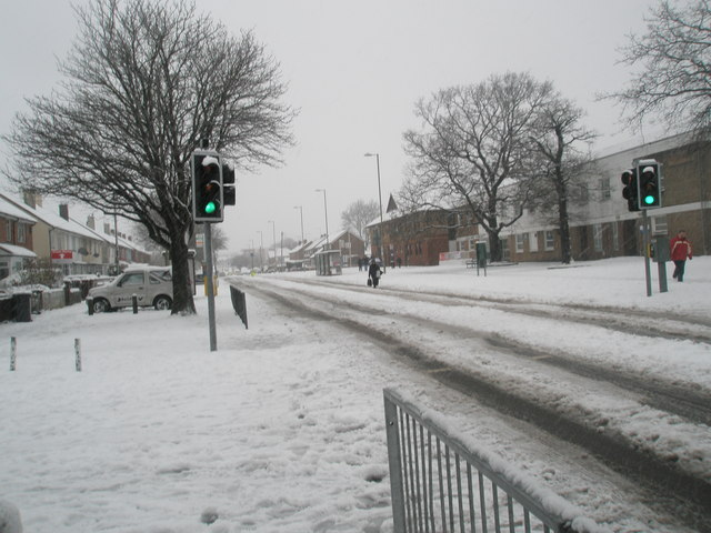 Pedestrian crossing in Dunsbury Way