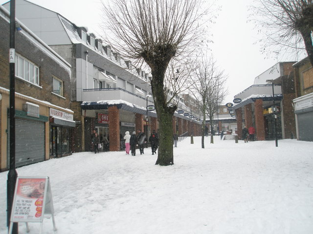A snowy Park Parade (3)
