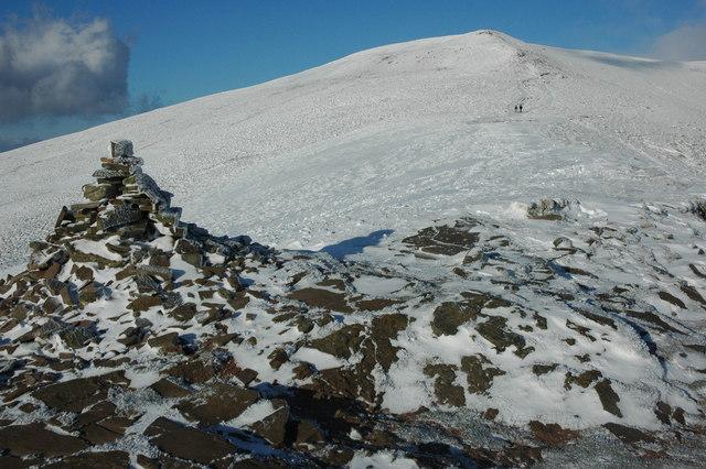 Cairn below Pen Trumau