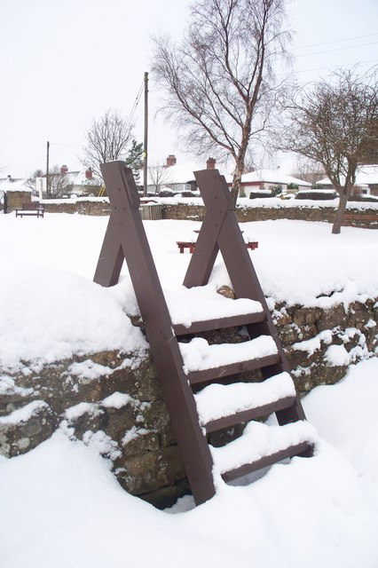 Stile into King George VI playing fields