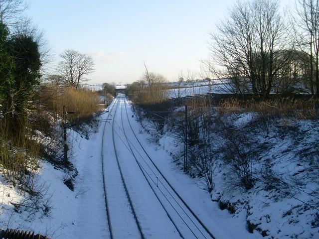 Railway lines near Neilston station