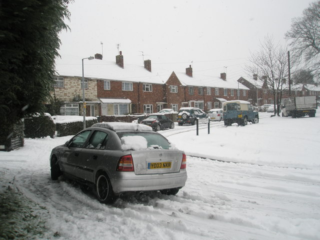Snow covered houses in Stockheath Road