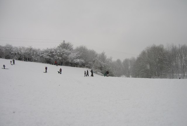 Sledging at Basing Lime Pits