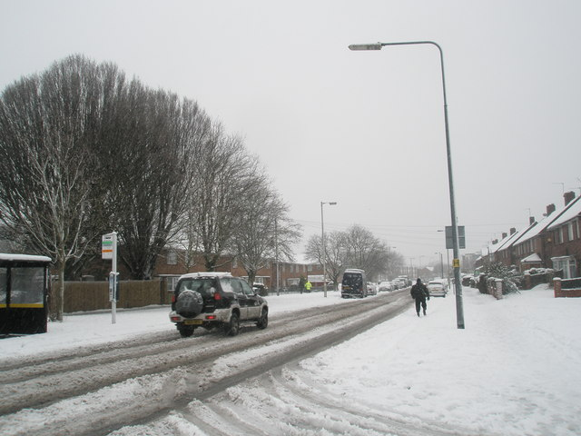 Looking north-west up a snowy Bedhampton Way