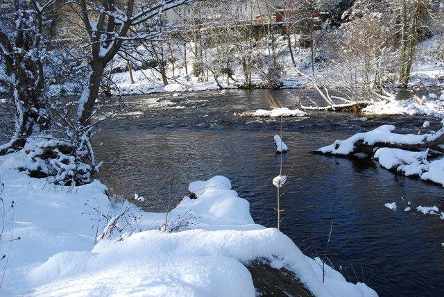 Afon Dyfrdwy looking very wintery
