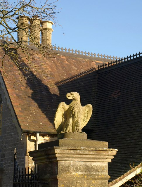 Eagle gatepost, Ozleworth Park