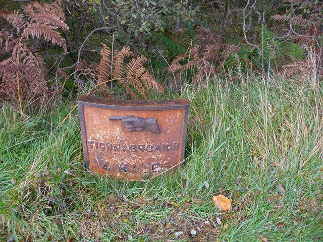 4 miles to Tighnabruaich