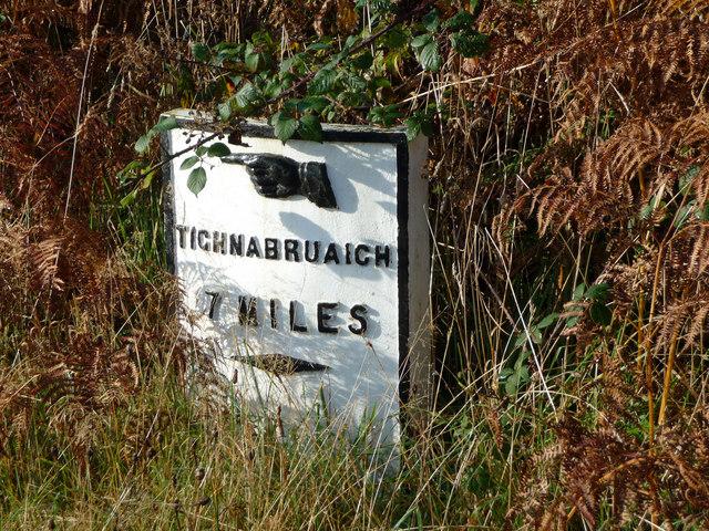7 miles to Tighnabruaich