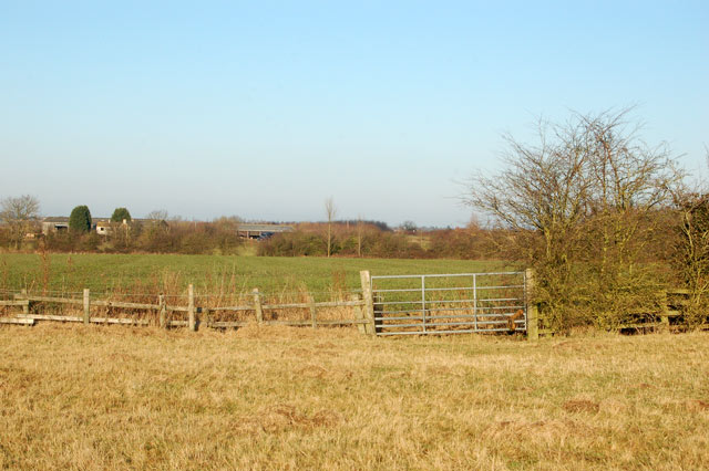 Pasture gives way to arable on the bridleway to Onley